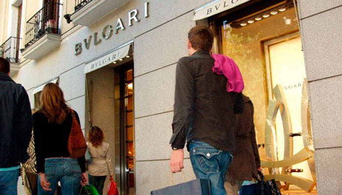 comerciales el jardn de serrano o abc serrano que concentran una estupenda variedad de tiendas algunas de ellas asequibles para todos los bolsillos