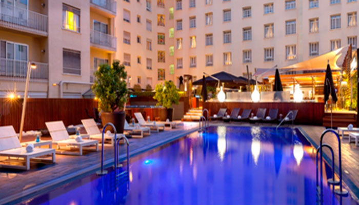 Best Rooftop Outdoor Swimming Pool In Central Madrid